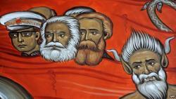 Marx, Engels, Tito: a pokol tüzében égnek egy podgorica-i templom freskóján (Fotókkal)