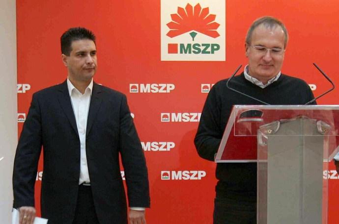 Gyorshír: Őrizetbe vették Simon Gábort