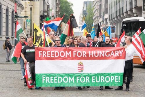 Patrióták tüntettek a migráció ellen Brüsszelben