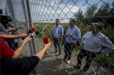 Magyar-szerb határzár: Gyurcsányék kint rekedtek