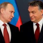 Amikor Orbán mélyen Putin szemébe néz