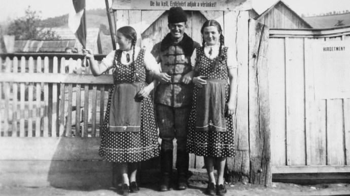 Mint egy tömegkatasztrófa túlélői, olyanok voltak a határon túli magyarok