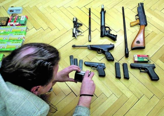 Percek alatt vehet bárki fegyvert