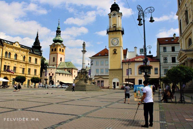 Barangolás Besztercebánya történelmi főterén