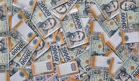 Következmények nélküli ország: így semmizték ki az adósokat és lehetetlenítették el a banki jelzálogjogok érvényesítését Lapis Andrásék