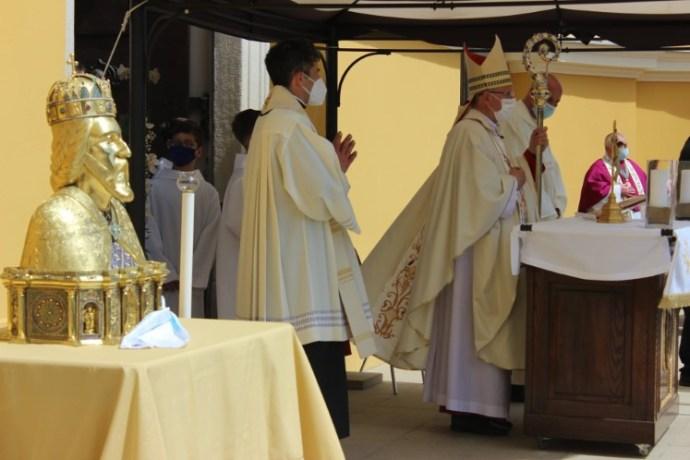 """""""Ünneplünk, mert élni akarunk"""" – Újra részt vehettek hívek a Szent László-napon Nagyváradon"""