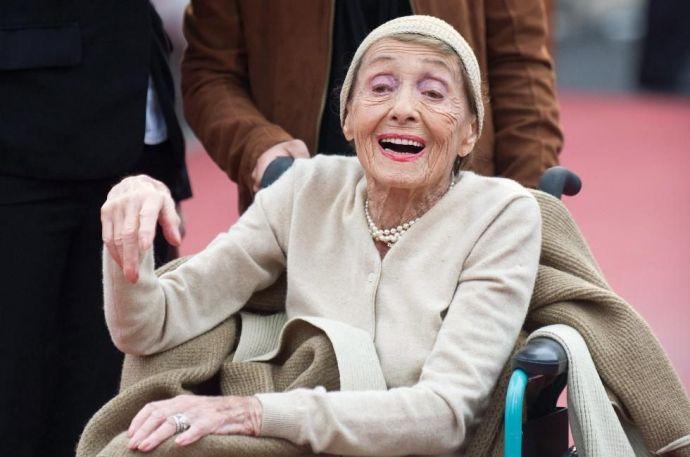 Elhunyt a 104 éves, kétszeres Oscar-díjas színésznő