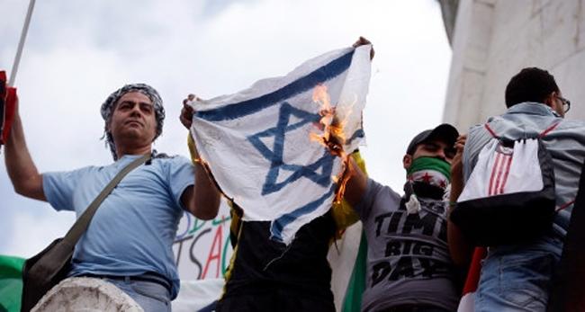 Menekülnek a zsidók az iszlamizálódó Franciországból