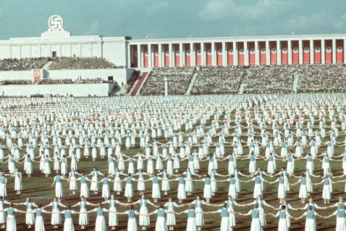 Elfeledett pillanatok a történelemben: A III. Birodalom ritkán látott színes fotói