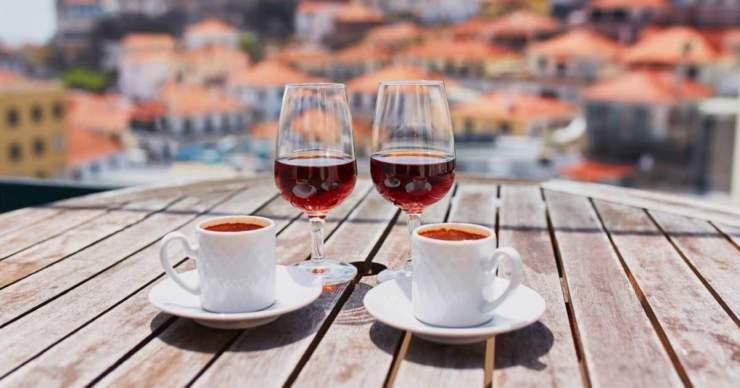 Az alkohol és a kávé hatása új kutatások tükrében