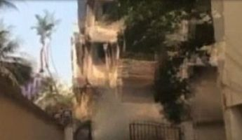 Videóra vették a halálos épületomlást