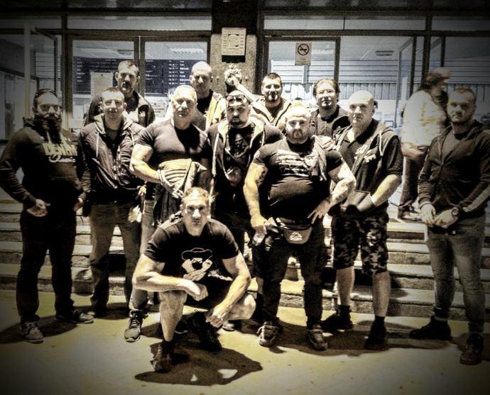 Rendet tesz a Mi Hazánk és a Betyársereg a vonatokon (+videó)