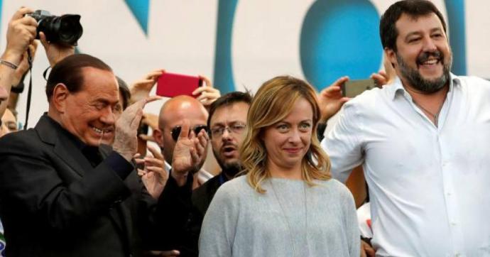 Az olasz jobboldal új választást, a járvány sújtotta rétegek segítését, a migráció leállítását követelte tüntetésén