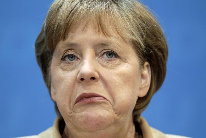 A gyermektelen Merkel a német nép önpusztítói mozgalma élén (Boulevard Voltaire)