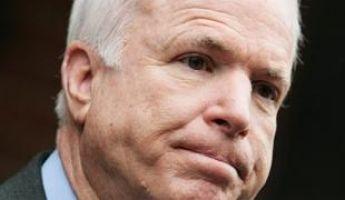 Magyarországgal példálózott John McCain