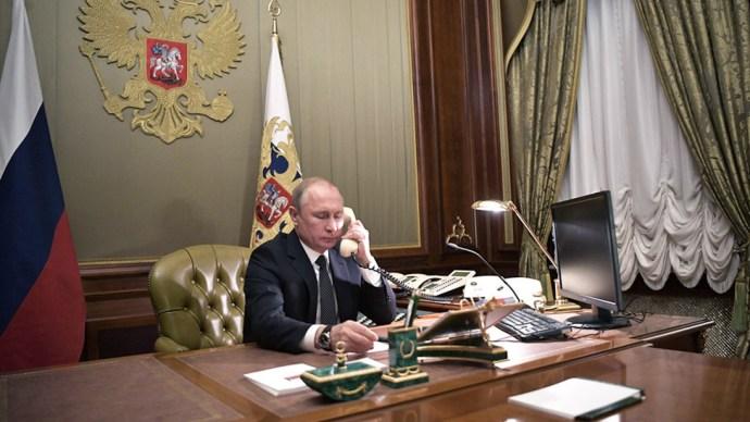 Michel telefonon kérte az orosz elnöktől Navalnij szabadon bocsátását