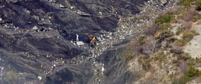 Ezt történt a lezuhant Germanwings-repülőgépen