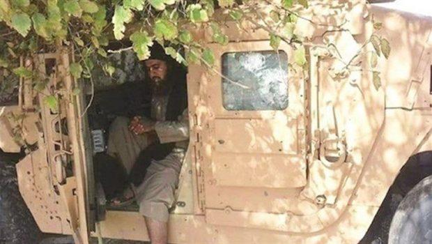 Amerikai katonai konvojban látták az Iszlám Állam vezetőjét