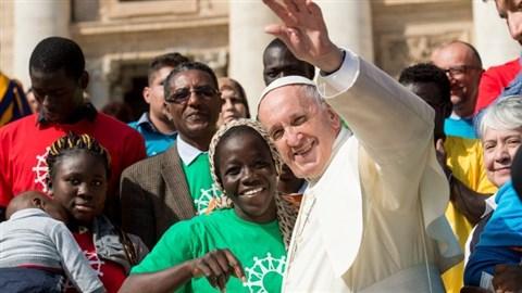 A pápa már isteni büntetéssel fenyegeti azokat, akik nem akarnak részt venni Európa muszlim elárasztásában