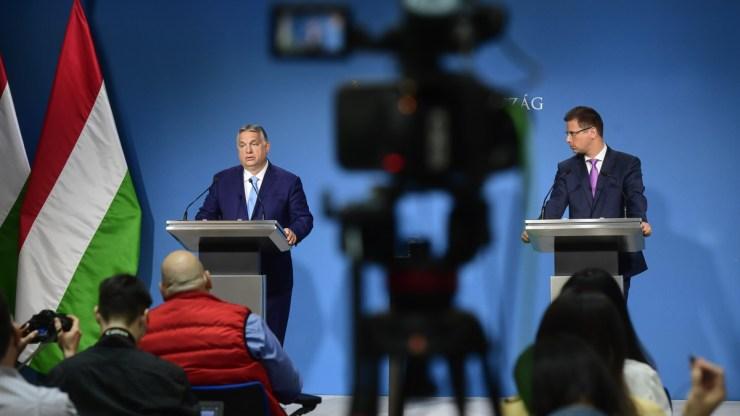 Itt nézheti meg Orbán Viktor bejelentéseit a Kormányinfón – videó