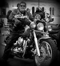 Elhunyt a Gárda Motorosok elnöke