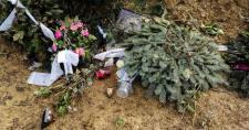 Rendőrt hívott Gesztesi Károly özvegye, miután rendbe tették a színész sírját
