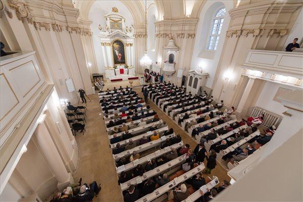 Kolozsváron felszentelték a felújított evangélikus templomot