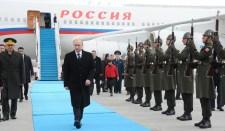 Putyin Törökországba érkezett meg