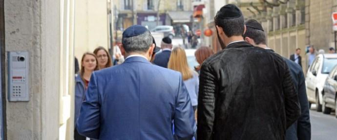 Antiszemitizmus és gyomorforgató apartheid rezsim