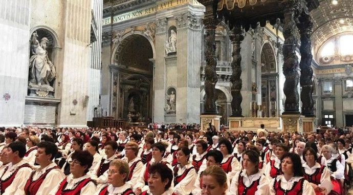 Így szólt a Székely Himnuszt a vatikáni Szent Péter téren – Videó