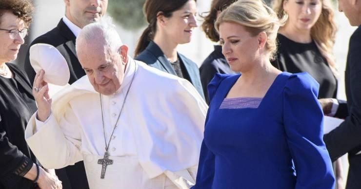 """""""A pápa útban Szlovákia felé pár órára megállt Budapesten """""""