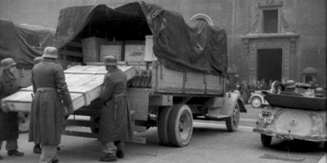 """A becsületesen dolgozó zsidók után most az ágrólszakadt, több ezer euróval érkező """"menekülteket"""" fosztanák ki a gaz németek"""