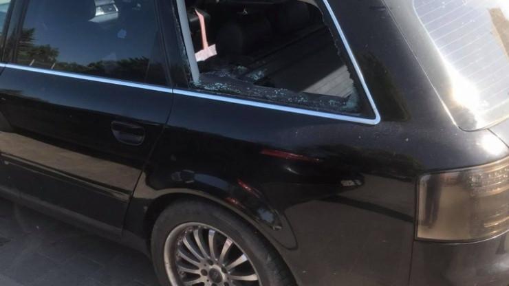 Autóba zárt kétéves kisfiút szabadítottak ki a rendőrök Balatonföldváron