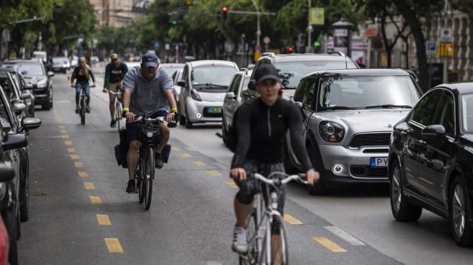 Hamarosan eldől a nagykörúti kerékpársáv sorsa – most így áll az ügy
