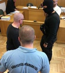 Nem tudott visszailleszkedni a nevet változtatott porschés gyilkos, újabb 9 év fegyházbüntetést kapott