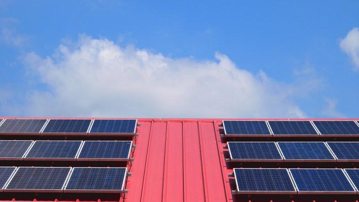 Hamarosan pályázhat az ingyenes napelemes rendszerekre