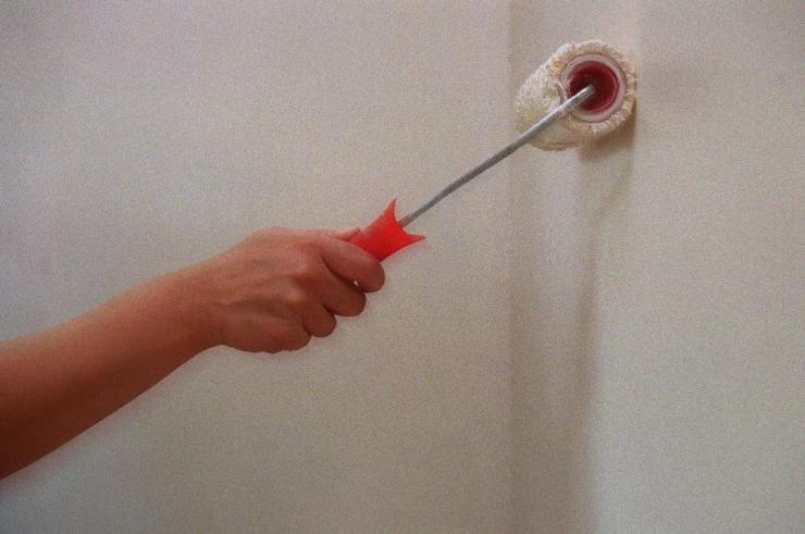 Így festetheti a tulajdonos a bérlő terhére a lakást