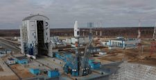 Putyin szerint szétlopják a Vosztocsnij űrrepülőteret