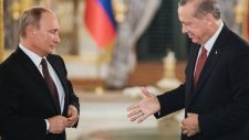 Putyin: Prioritás az Sz-400-as rendszerek leszállítása Törökországnak