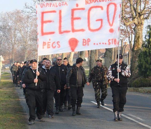 A polgárőr meggyilkolása miatt tüntettek Pilisen