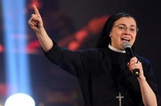 Cristina nővér a Voice nyertese – az egész közönség vele imádkozott – VIDEÓVAL