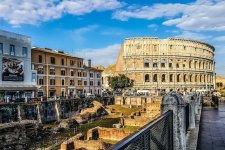 Róma magyar emlékei