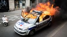 Kicsalják a rendőröket éjszaka a migránsok a francia külvárosokba, és aztán…