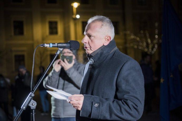 Pécsett is zajlik az összekovácsolódás: közös jelöltről egyeztet a Jobbik a Párbeszéd képviselőjével