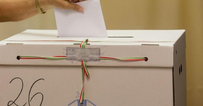 """A Fidesz aláírásokkal segített be Egerben a """"független"""" jelöltnek"""