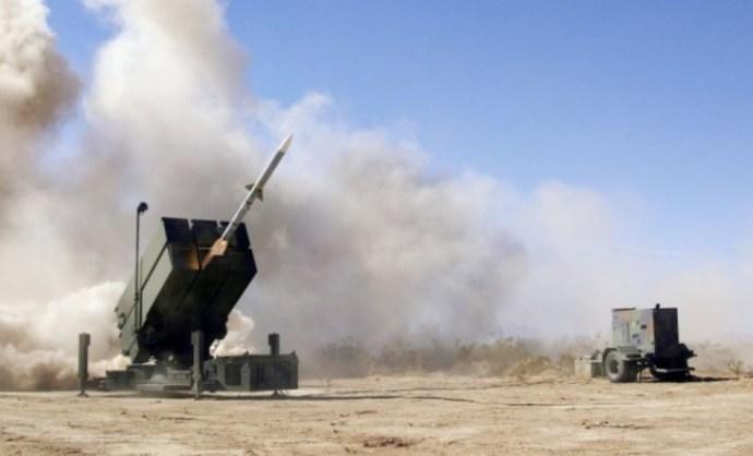 Amerikai rakéták és repülőgépek vásárlásával kedveskednénk az Egyesült Államoknak
