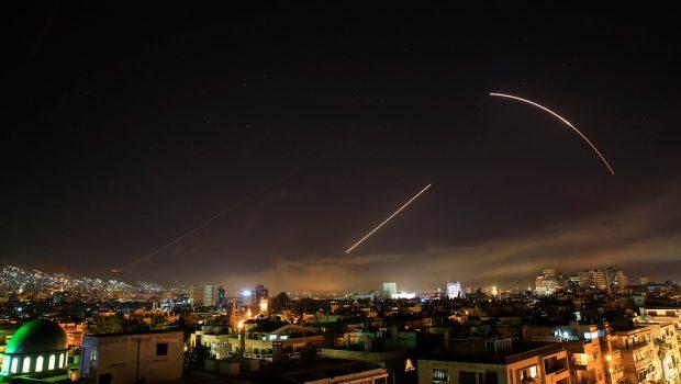 Izrael légicsapást vert vissza a szíriai légvédelem