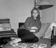 A magyar költőnő, akinek el kellett fojtania nőiességét, hogy sikeres lehessen