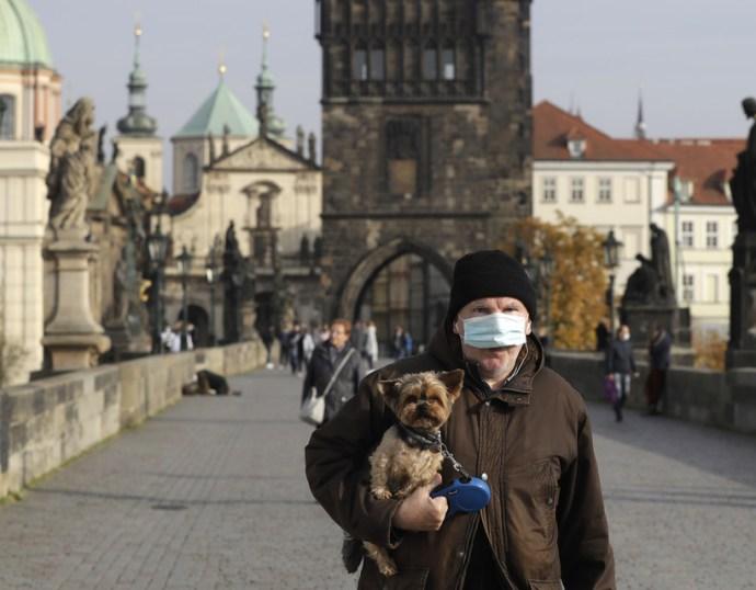 Tovább javul a járványhelyzet Csehországban
