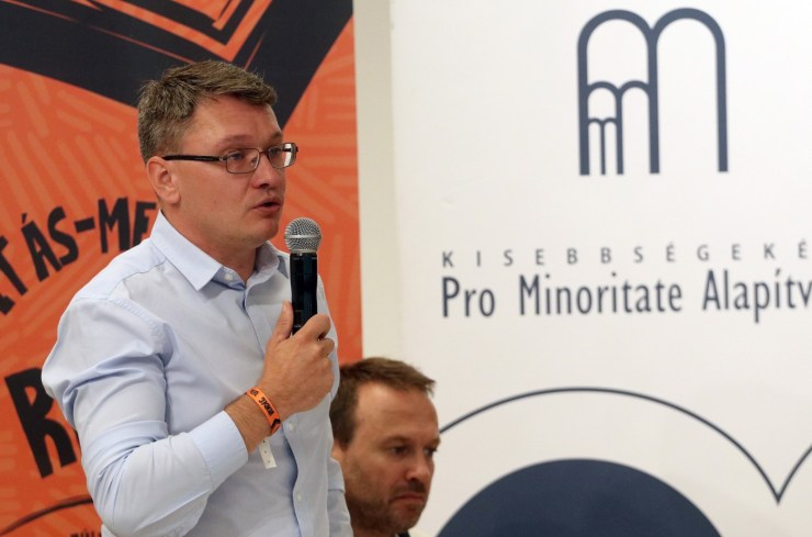 Biztosítani kell az erdélyi magyar politikai pluralizmust!